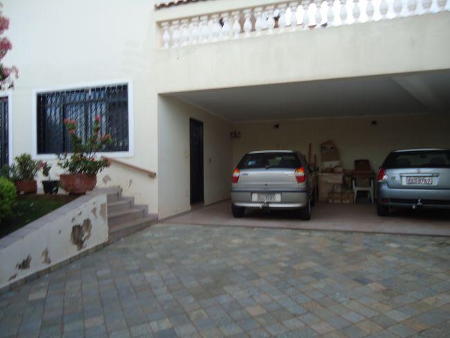 http://www.masterimoveisribeirao.com.br/fotos_imoveis/26/DSC02185.JPG